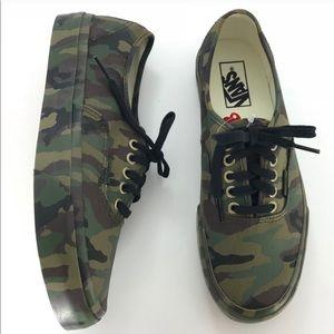 Vans low top camouflage M7.5/W9